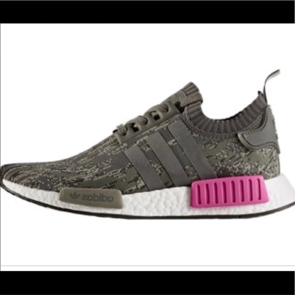 39a8964794c Adidas NMD R1 Grise Camo NWOT
